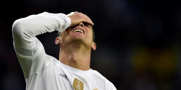 L'attaquant du Real Madrid Cristiano Ronaldo lors du match de championnat d'Espagne contre le FC Barcelone, le 21 novembre 2015 au stade Santiago-Bernabeu de Madrid