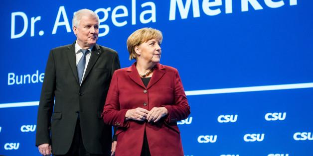 Angela Merkel und Horst Seehofer auf dem CSU-Parteitag in München