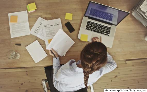 woman laptop bills
