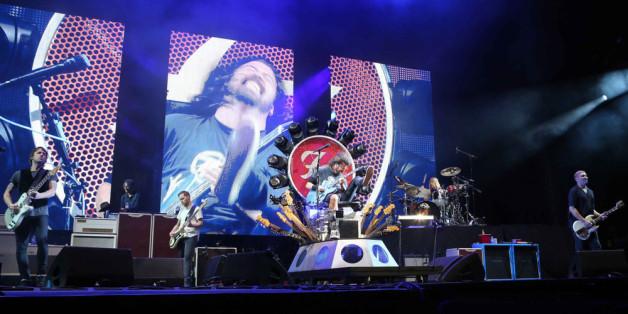 Mit einer Gratis-CD wollen die Foo Fighters den Menschen wieder Hoffnung geben.