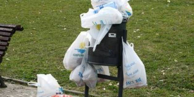 A quelques mois de l'interdiction des sacs en plastique, le Maroc balise le terrain