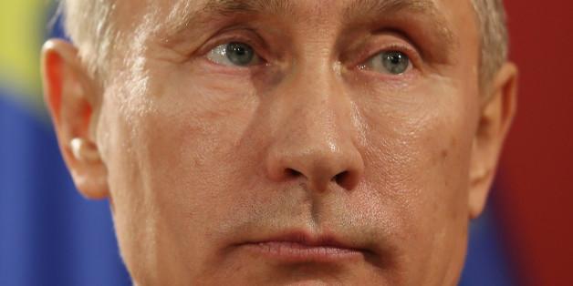 Wladimir Putin unterstellt den USA, beim Abschuss der SU-24 vor drei Tagen geholfen zu haben