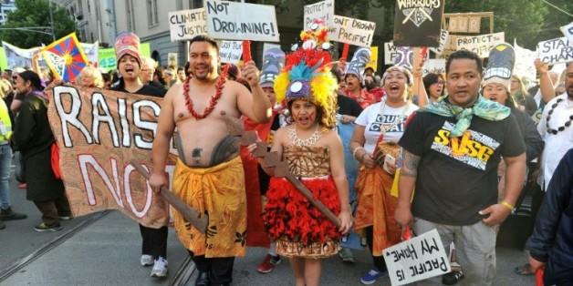 Des dizaines de milliers de personnes participent à la marche en faveur du climat, le 27 novembre 2015 à Melbourne, en Australie