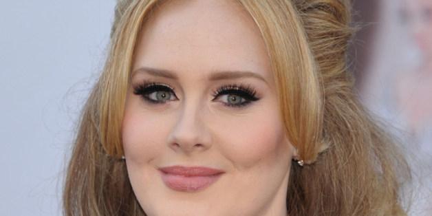 Geschickte Promo sorgt für Adeles Erfolg.