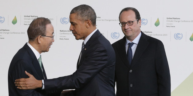 United Nations Secretary General Ban Ki-moon, left, and French President Francois Hollande, right, welcome U.S. President Barack Obama as he arrives for the COP21, United Nations Climate Change Conference, in Le Bourget, outside Paris, Monday, Nov. 30, 2015. (AP Photo/Christophe Ena, Pool)