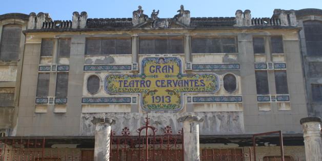 Pourquoi le théâtre Cervantès de Tanger tarde à être cédé au Maroc
