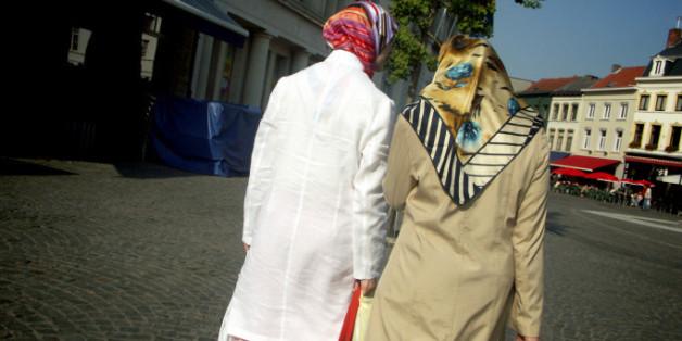 Muslima beim Einkaufen.