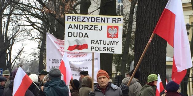 In Polen gehen Demokratie-Hüter auf die Straße - gegen die Regierung.