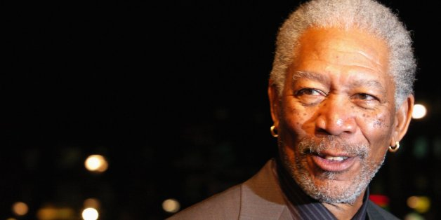 A bord de son jet privé, l'acteur Morgan Freeman s'est fait une belle frayeur