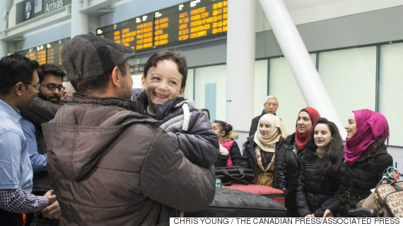 syrian refugees canada airport justin trudeau