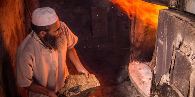 En moyenne, entre 250 et 350 tonnes de bois par an sont utilisés pour chauffer l'eau.