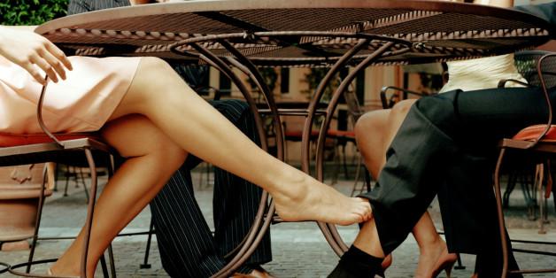 Frauen packen aus: DAS finden wir an Männern wirklich sexy