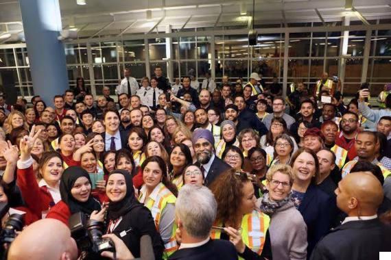 syrian refugees toronto airport