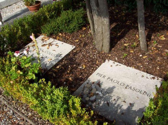 tomba pasolini