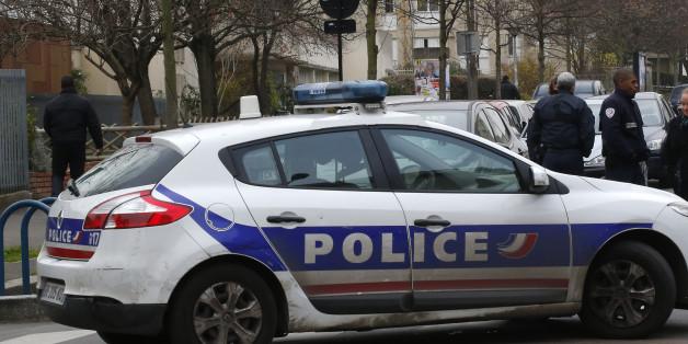 Erzieher in Pariser Vorort niedergestochen: Die Polizei ermittelt.