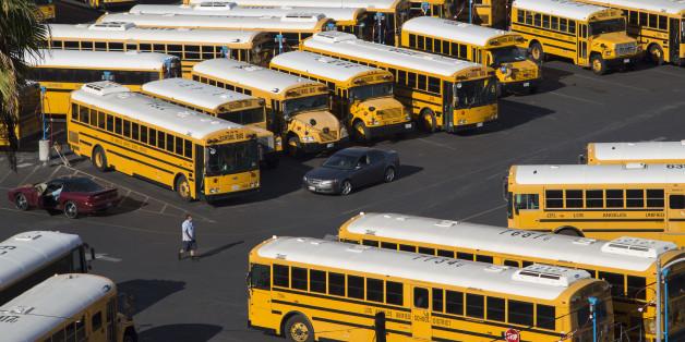 In Los Angeles standen gestern die Schulbusse still