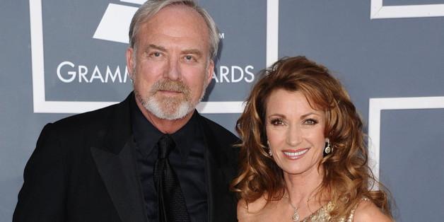 Der Filmemacher und die Schauspielerin haben sich scheiden lassen.