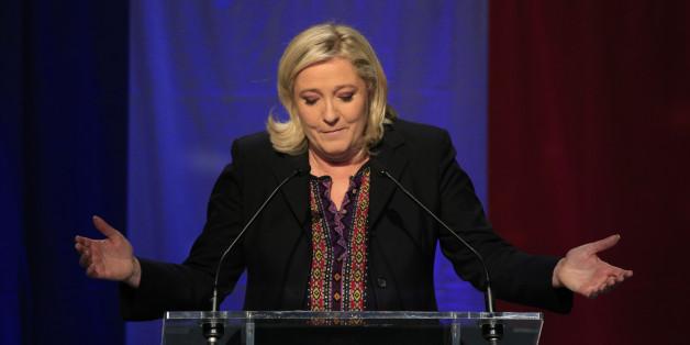 Front-National-Chefin Le Pen sorgte mit Bildern von IS-Opfern für einen Skandal