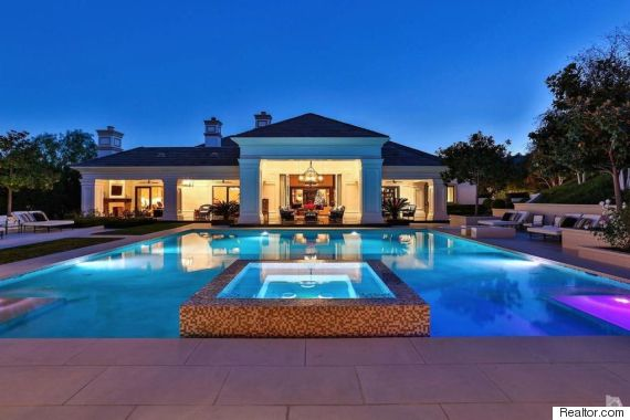Wayne Gretzky's California Home Selling For US$8.195 Million