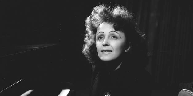 UNSPECIFIED - 1946:  Edith Piaf (1915-1963), French singer, after 1945.  (Photo by Lipnitzki/Roger Viollet/Getty Images)