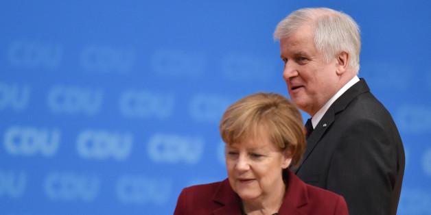Seehofer will jetzt doch nicht gegen Merkels Politik vor Verfassungsgericht ziehen