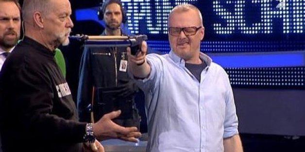 Raab moderiert seine letzte Show - und Lukas Podolski weint