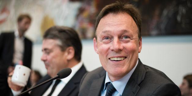 SPD-Fraktionschef Thomas Oppermann sieht in Sigmar Gabriel den perfekten Kanzlerkandidaten