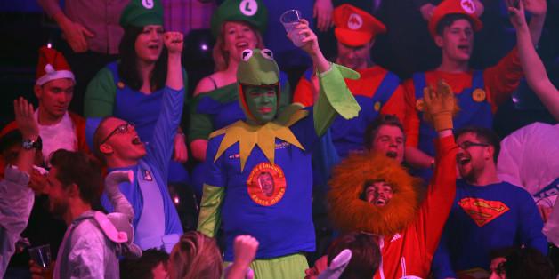 Eine große Party ist die Darts-WM für die Fans.