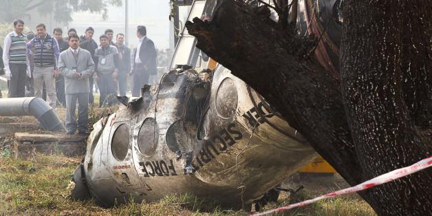 Am Dienstag ist in Delhi eine Propellermaschine abgestürzt.