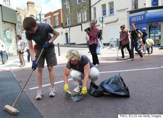 london riot broom