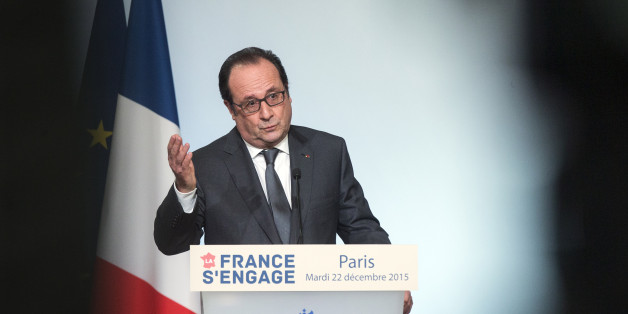 "French President Francois Hollande delivers a speech during ""La France s' Engage"" (France Involved) laureates' ceremony at the Elysee Palace in Paris, Tuesday, Dec. 22, 2015. The event awards citizens, foundations, companies or associations that innovate and accompany the advancement of French society. (Etienne Laurent, Pool Photo via AP)"