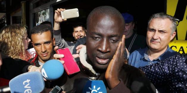 Flüchtling gewinnt im Lotto: Jetzt ist er um 400.000 Euro reicher
