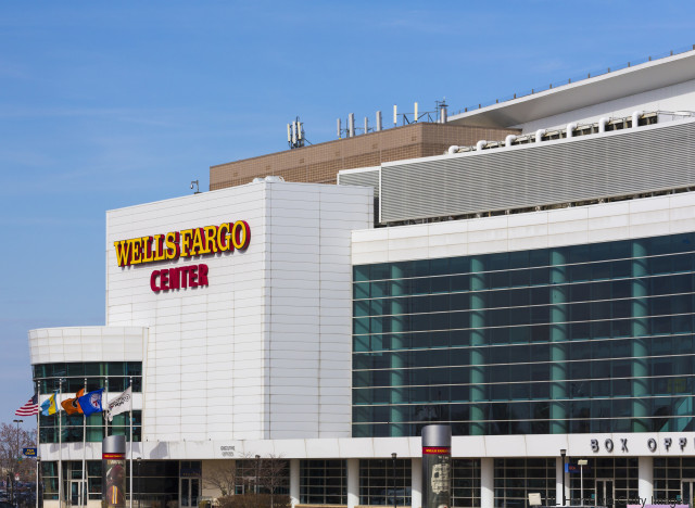 wells fargo center philly