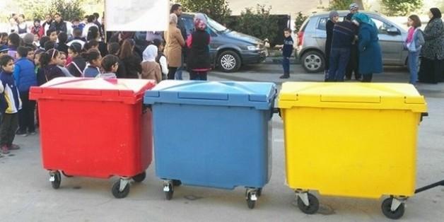 Les habitants de Beni Makada à Tanger s'essaient au tri sélectif des déchets