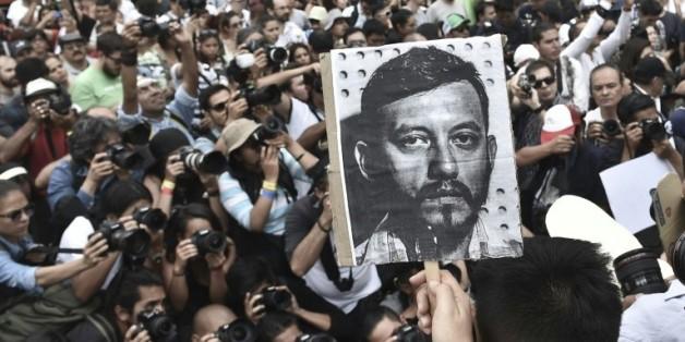 Manifestation de reporters photographes le 2 août 2015 à Mexico après l'assassinat de leur collègue Ruben Espinosa