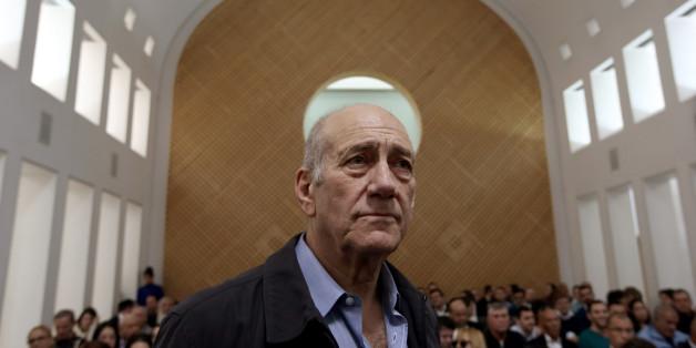 L'ex-premier ministre israélien Olmert ira en prison pour corruption