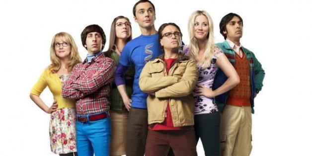 Wann immer es Sheldon Cooper (blaues Shirt) schlecht geht, müssen seine Freunde das Katzentanzlied anstimmen