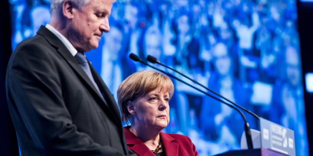 Merkel und Seehofer beim CSU-Parteitag im November