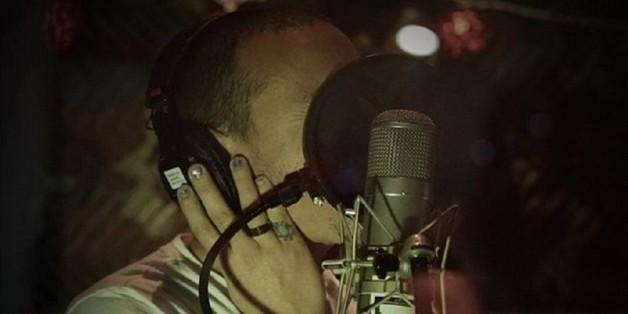 Linkin-Park-Sänger Chester Bennington bei der Arbeit im Studio
