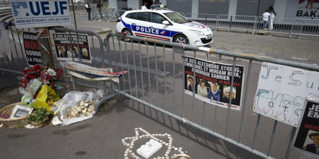 Fighting Anti-Semitism, Fighting for France
