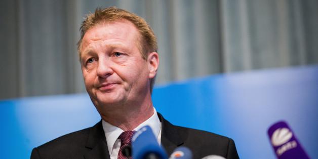 Der NRW-Innenminister Ralf Jäger gerät unter Druck
