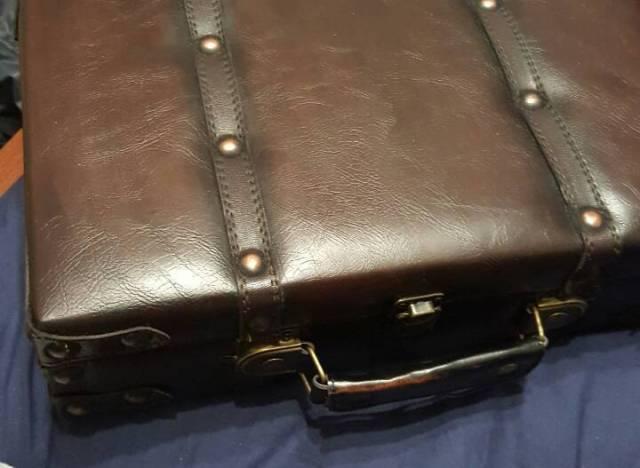 imgur suitcase