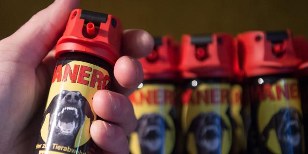 Gaspistolen, Pfefferspray: Deutsche rüsten rasant auf