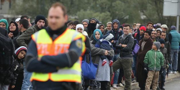 Politiker wollen Sicherheitsabfrage für jeden Flüchtling bei der Polizei