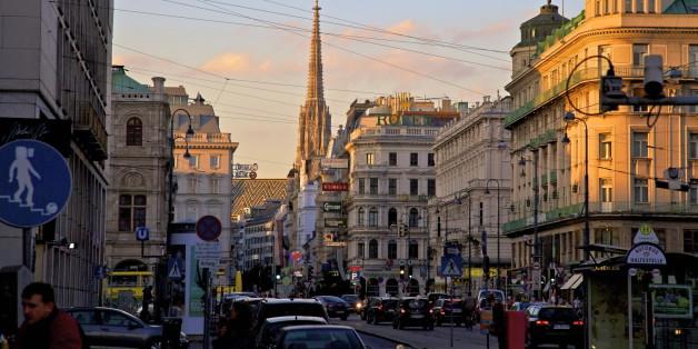 In Wien verdienen sich Obdachlose als Stadtführer etwas dazu.