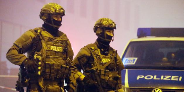 Zwei SEK-Polizisten während des Terroralarms am Münchner Hauptbahnhof