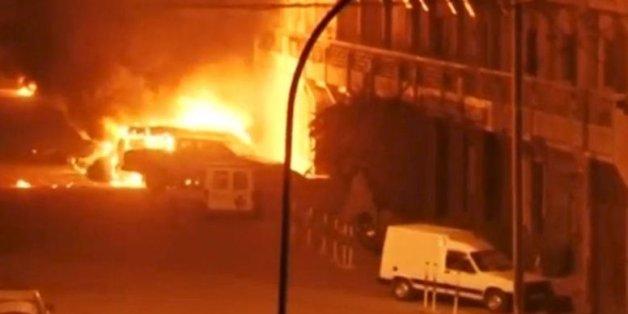 In einem Luxushotel in Burkina Fasos Hauptstadt Ouagadougou sind nach einem mutmaßlichen Terrorangriff mehrere Menschen ums Leben gekommen