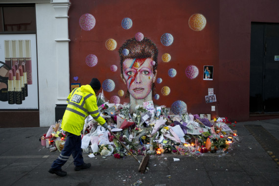 David Bowie: Westboro Baptist Church's Plot To Picket Star's Memorial Spur Child Cancer Donations