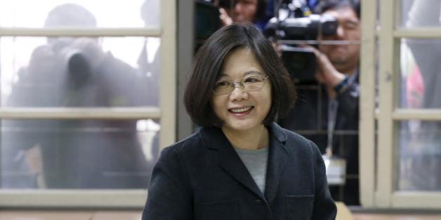 Taïwan: une femme élue présidente pour la première fois, défaite historique pour le Kuomintang
