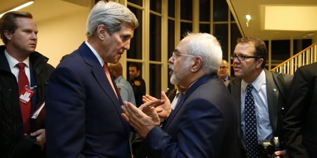 John Kerry et Mohammad Javad Zarif à Vienne en Autriche, le 16 janvier 2016